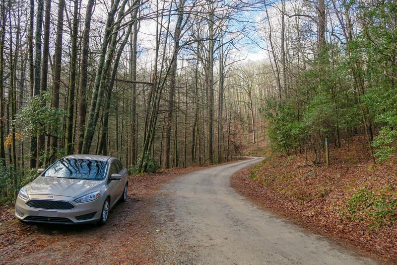 Case Ridge Gap Trailhead (F.R. 475B) -- 3,360'