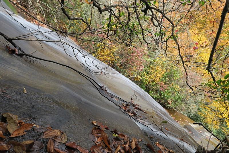 Tom's Spring Falls (aka. Daniel Ridge Falls, Jackson Falls) - 2,850'