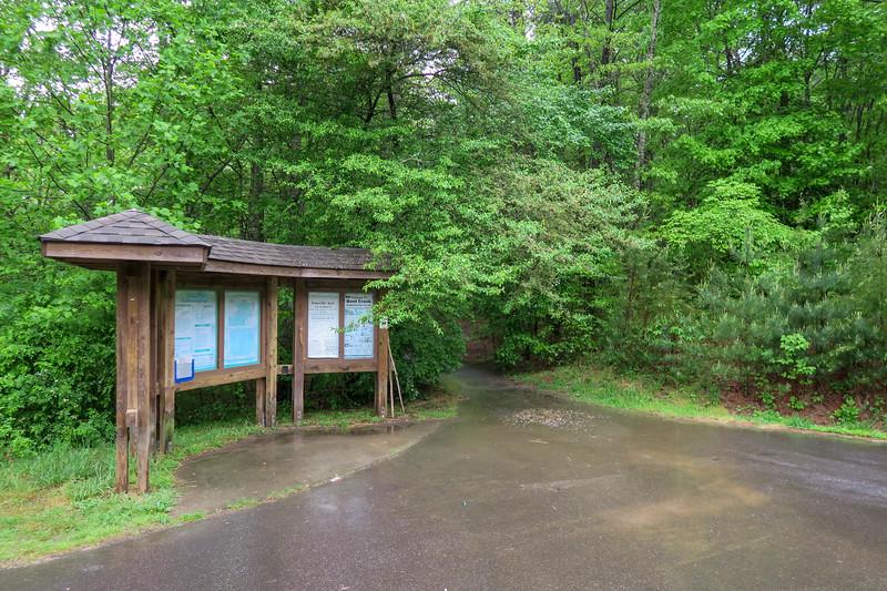 Rice Pinnacle Trailhead (Deer Lake Lodge Trail) -- 2,180'