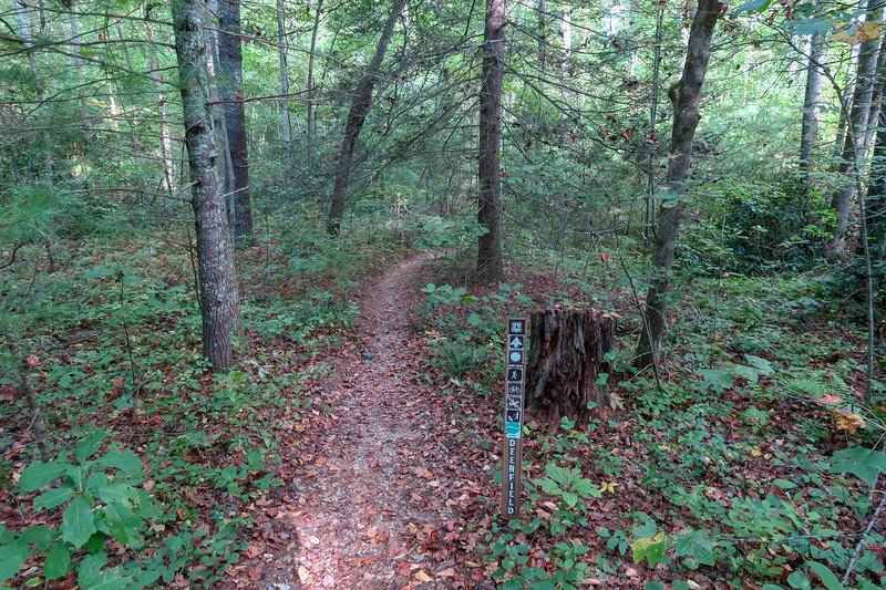 Deerfield Loop Trail -- 2,210'