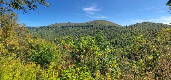 Fork Mountain Trail -- 5,570'