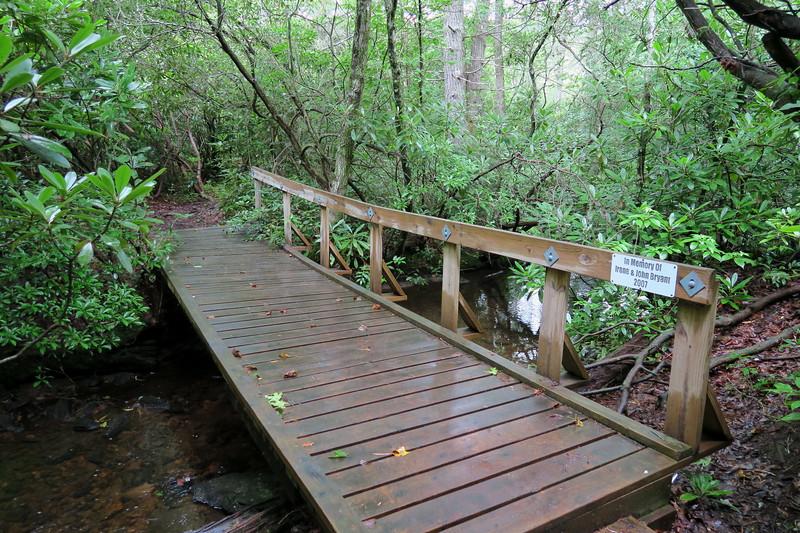 Pilot Cove-Slate Rock Trail -- 3,160'