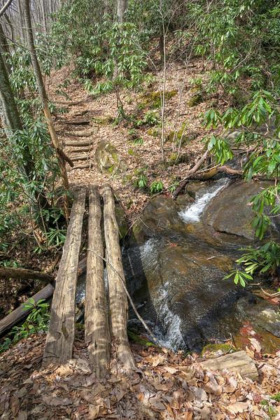 Pilot Cove-Slate Rock Trail -- 3,360'