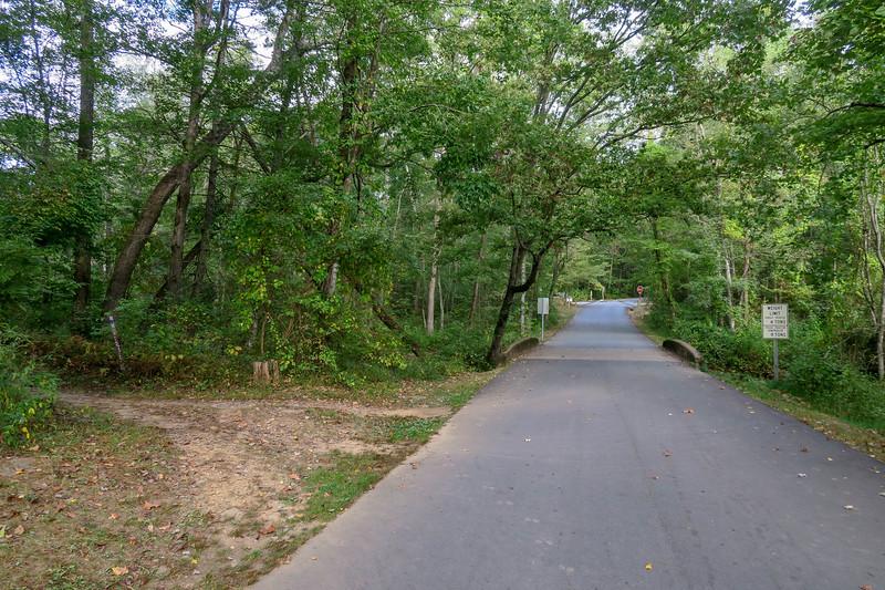 Pine Tree Loop Trail (North Trailhead) -- 2,150'