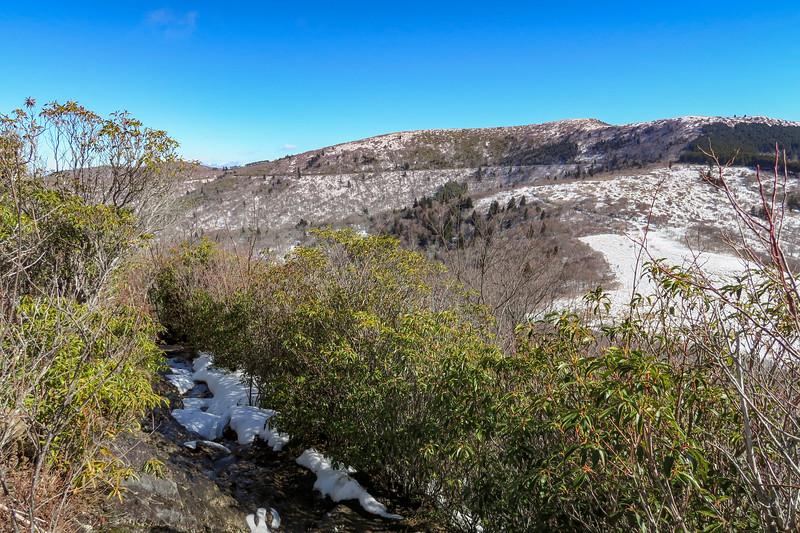Sam Knob Summit Trail -- 5,920'