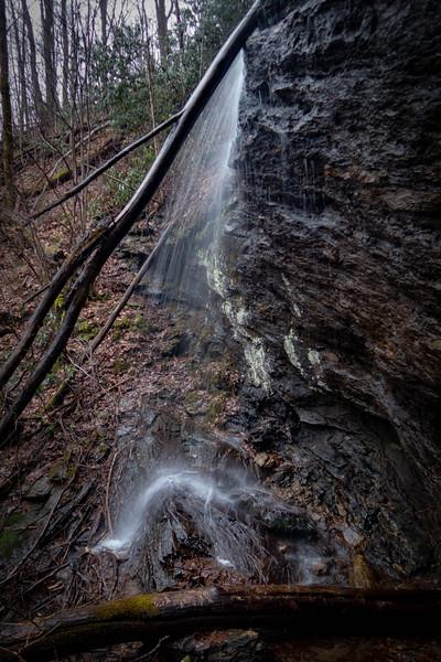 Unnamed Falls -- 2,840'