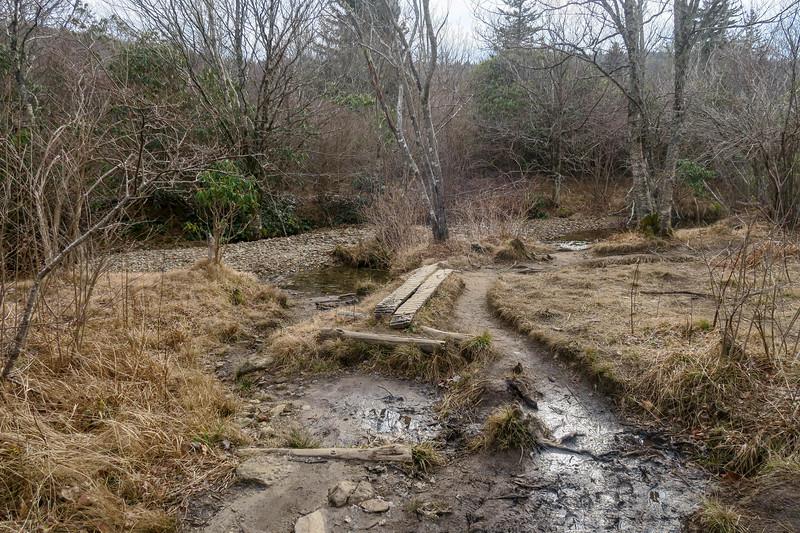 Upper Falls Trail -- 5,080'