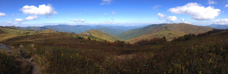 Same view as the previous shot, just a bit wider and more panoramic...  (6,000')