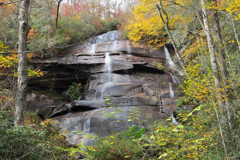 Tom's Spring Falls (aka. Daniel Ridge Falls, Jackson Falls) - 2,750'