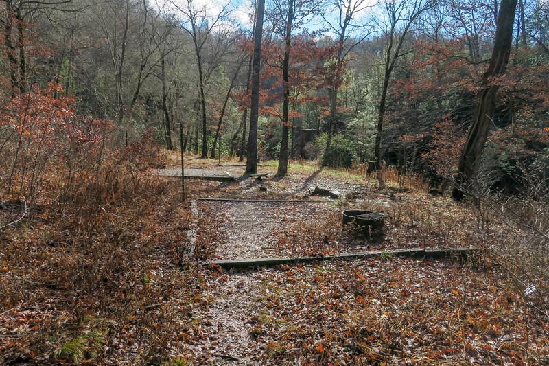 Gauging Station Trail -- 3,150'