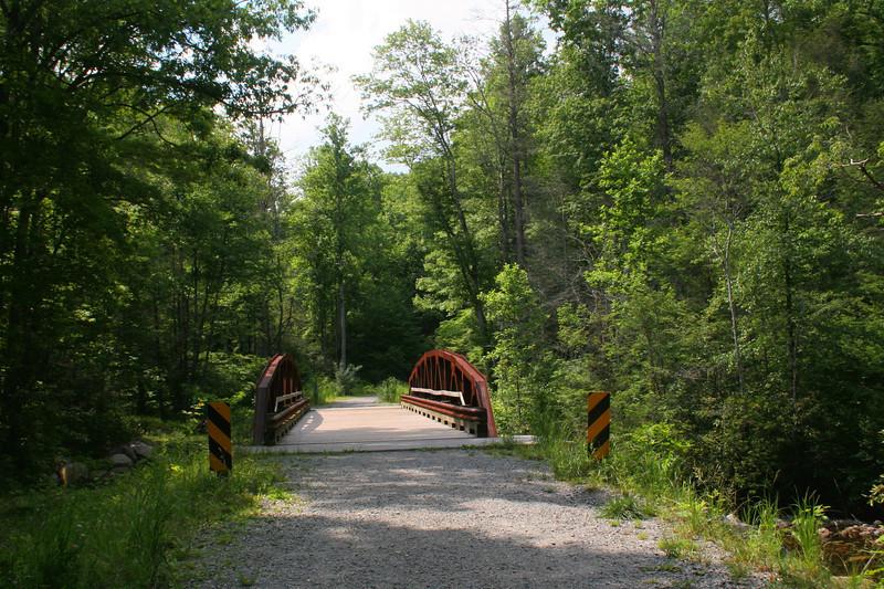 Daniel Ridge Loop Trail