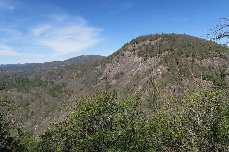 Chimneytop Trail -- 3,900'