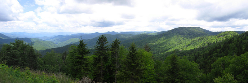 Reinhart Knob panorama, from the same spot as the previous shot...