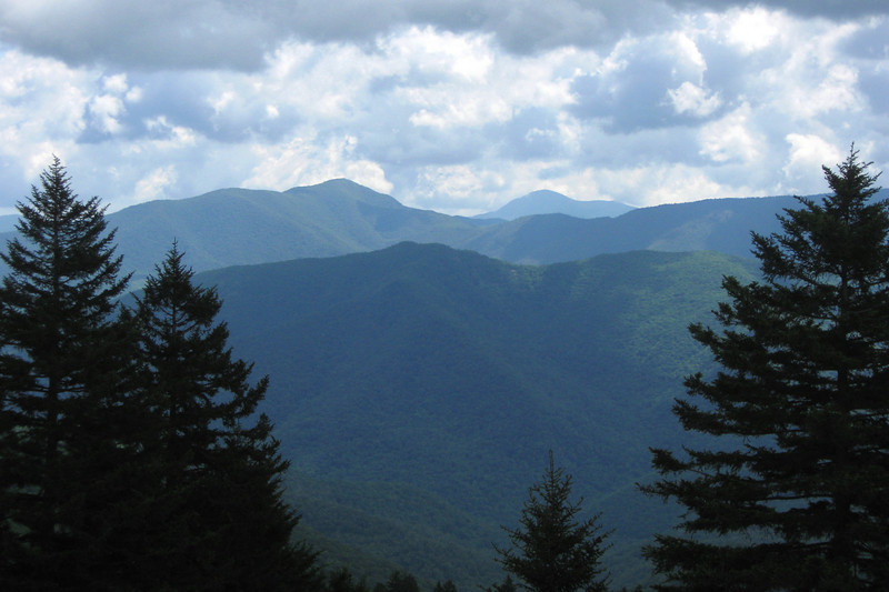 Another view from the Haywood-Jackson Overlook, this time across to 6,040' Cold Mountain (left of center) and a cloud-wrapped 5,722' Mt. Pisgah (right of center)...