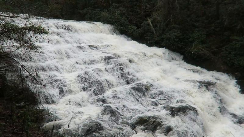 Brasstown Falls (Brasstown Cascades) Video
