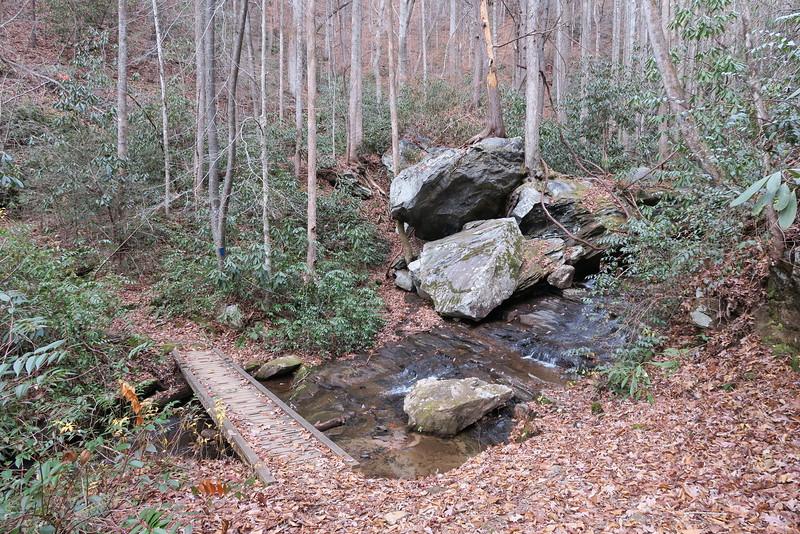 Jones Gap Trail -- 2,040'