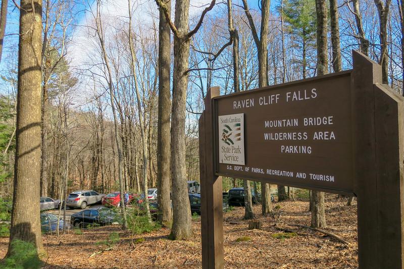 Raven Cliff Falls Trailhead -- 3,050'