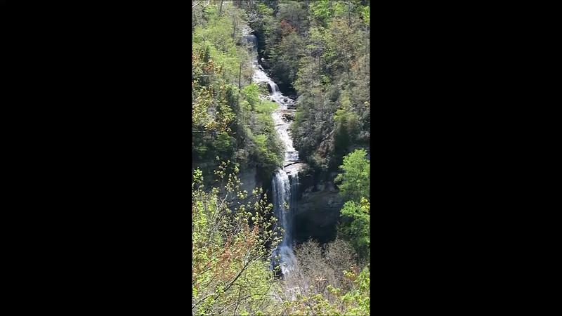 Raven Cliff Falls Vid