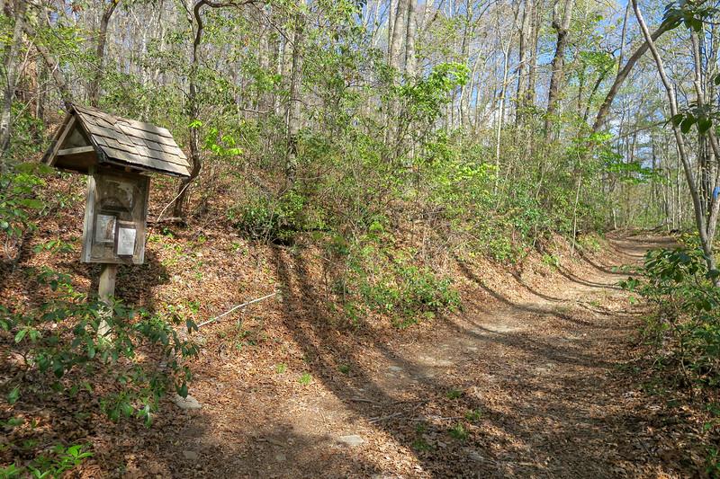 Foothills Trail Spur (Hot Spot) -- 2,940'