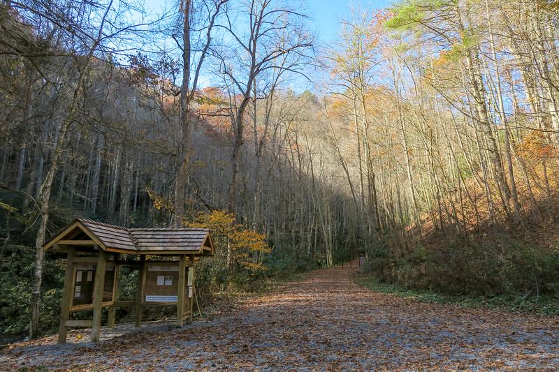 Rocky Fork State Park Trailhead -- 2,400'