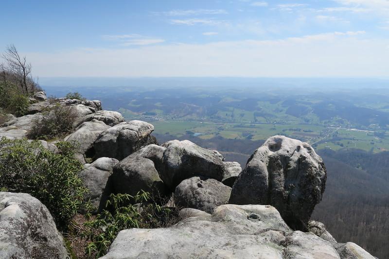 White Rocks - 3,400'