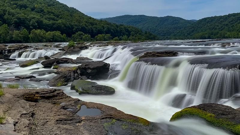 Sandstone Falls - 1,300'