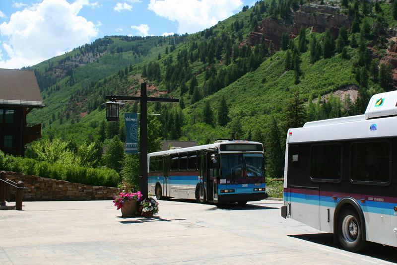 Maroon Lake Shuttles