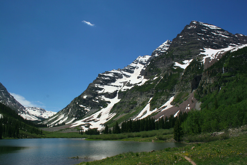 Crater Lake Trail - Maroon Bells  (4.0 miles; d=5.41)