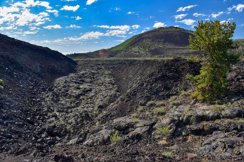 Broken Top Loop Trail (The Great Rift) -- 5,870'