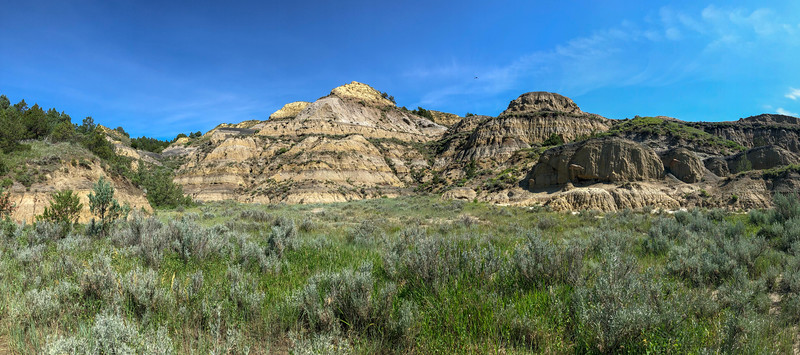 Caprock Coulee Trail -- 2,100'
