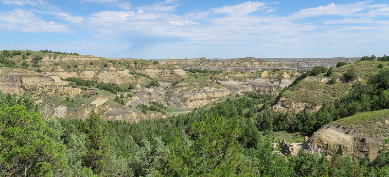 Caprock Coulee Trail -- 2,370'