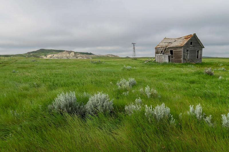 Abandoned Farmhouse -- 3,120'