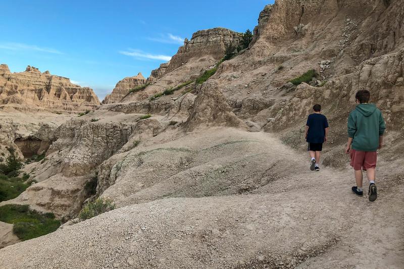 Notch Trail -- 2,750'