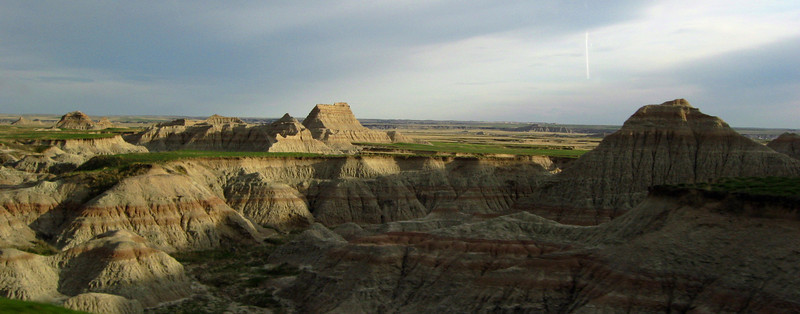 Heading east on the Rim Road from Ben Reifel, the road immediately enters a stereotypical Badlands landscape...