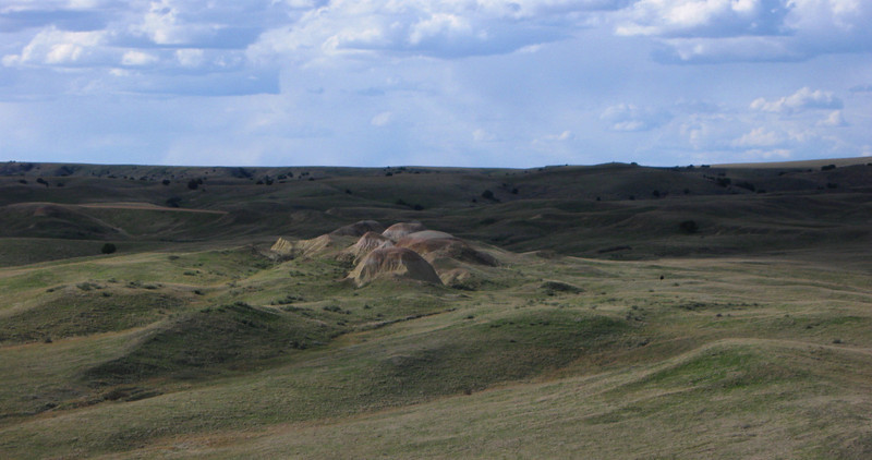 Some curious and colorful rock formations to the north...