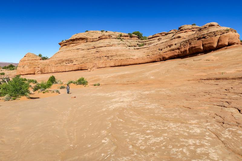 Delicate Arch Trail-- 4,750'