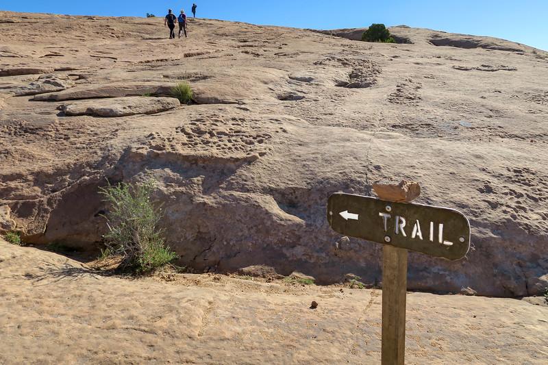 Delicate Arch Trail-- 4,520'
