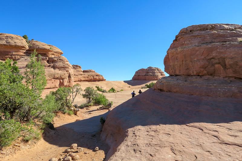 Delicate Arch Trail-- 4,730'