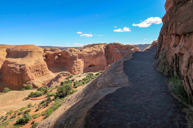 Delicate Arch Trail-- 4,840'
