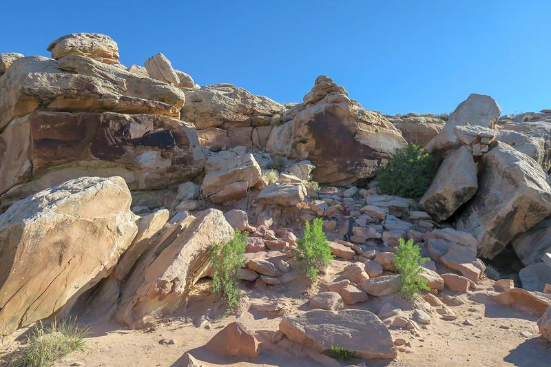 Petroglyphs Spur-- 4,320'