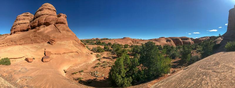 Delicate Arch Trail-- 4,760'
