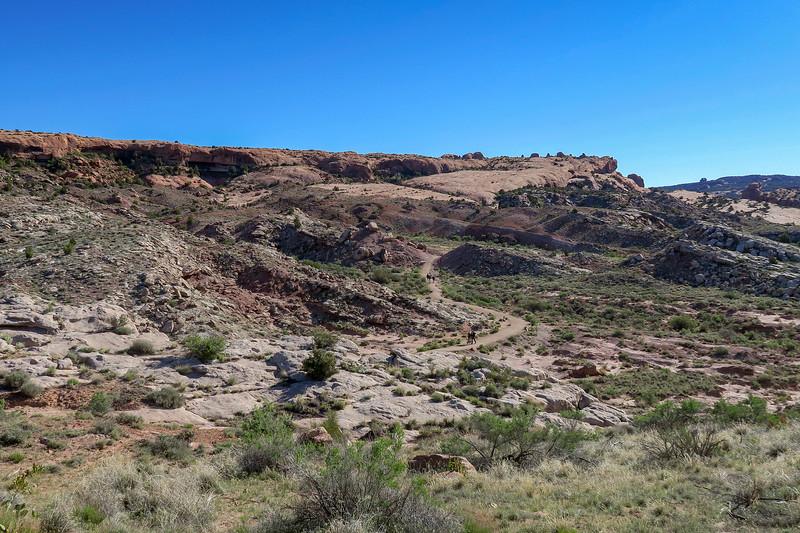 Delicate Arch Trail-- 4,370'