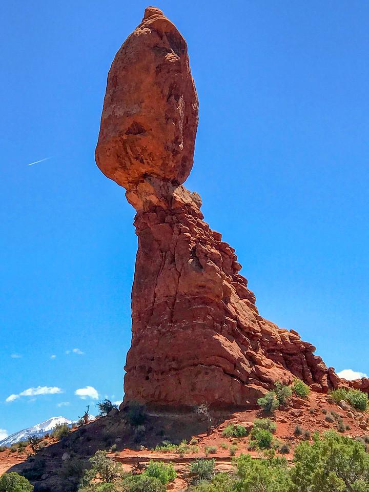 Balanced Rock -- 5,040'