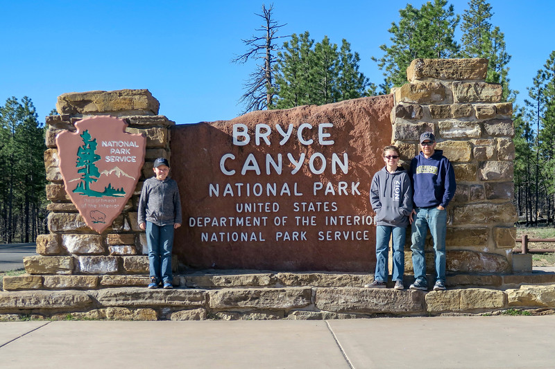 Bryce Canyon National Park Entrance -- 7,800'
