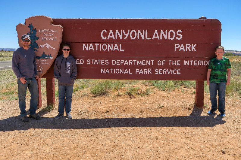 Canyonlands National Park Entrance -- 6,000'