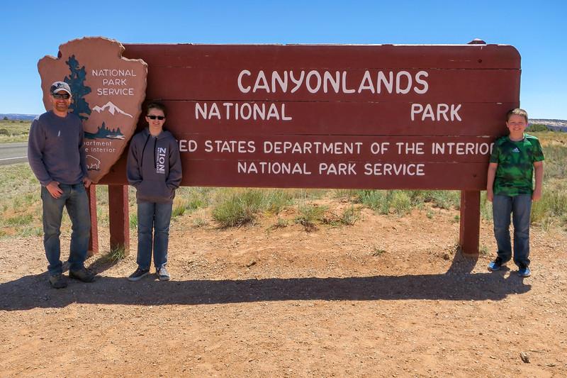 Canyonlands National Park Entrance -- 6,000'