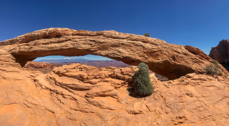 Mesa Arch -- 6,100'