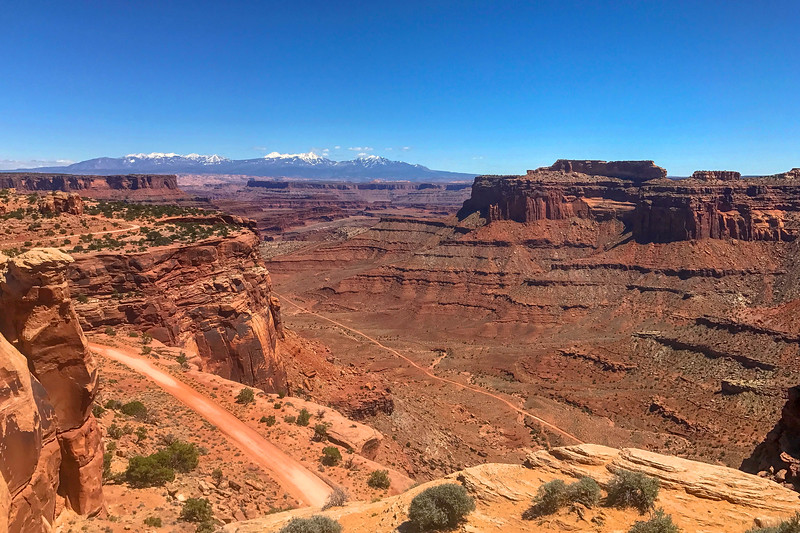 Shafer Canyon Overlook -- 5,840'