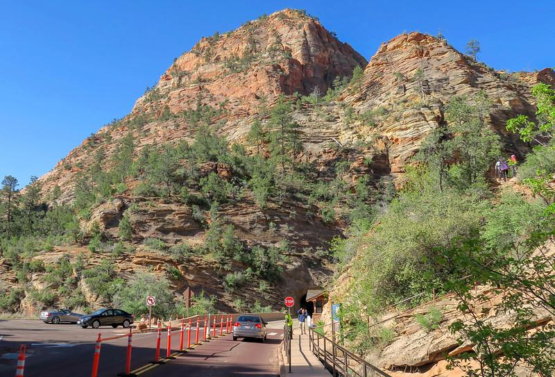 Canyon Overlook Trailhead -- 5,130'