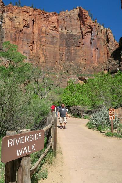 Riverside Trailhead